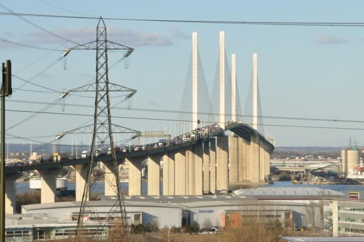 Queenn Elizabeth II Bridge (Brian Chadwick/Creative Commons)
